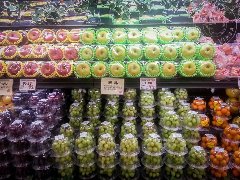 Fruta a la venta por unidad
