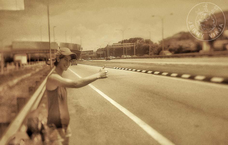 A dedo por las carreteras de Malasia