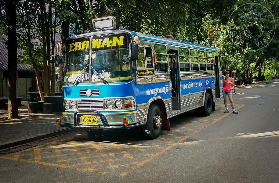 Bus con destino Erawan