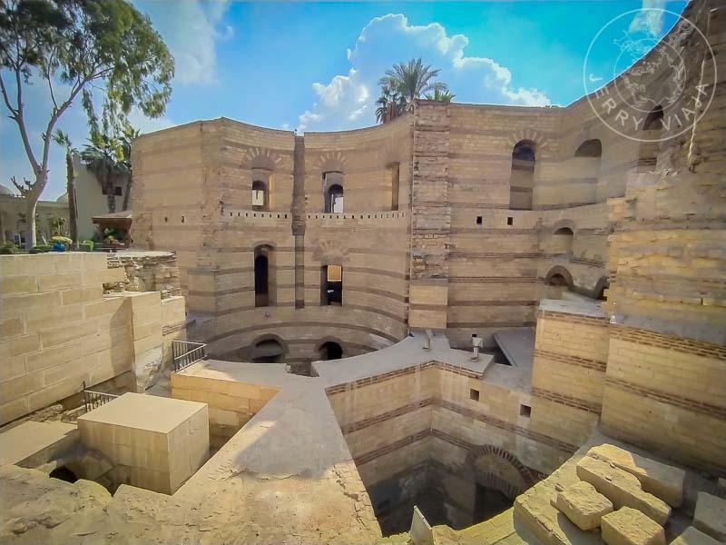 Ruinas de la antigua Fortaleza de Babilonia