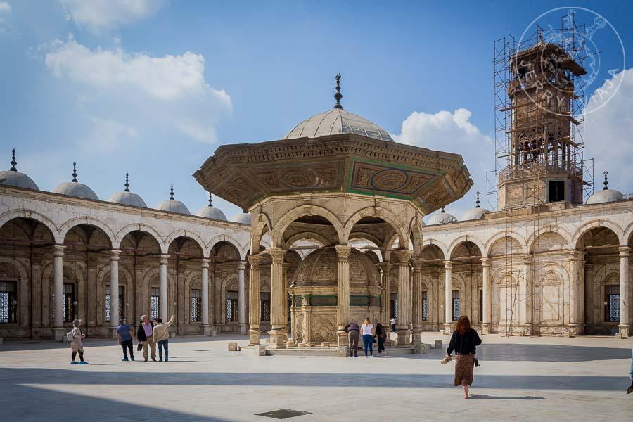 Patio interior de la Mezquita de Alabastro, Ciudadela de Saladino