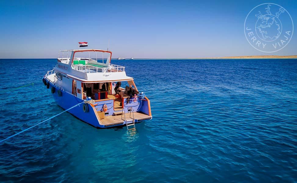Barco en el Mar Rojo
