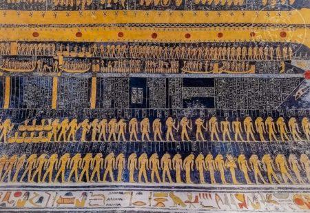 Guía: Qué ver en Luxor (ex Tebas). Tumba de Ramses V y VI o KV9 en el Valle de los Reyes, pintura de la diosa Nut en el techo