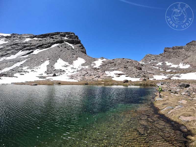 Siete lagunas, sendero desde Trevelez, pueblo de las Alpujarras, Sierra Nevada, España