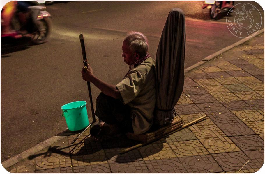 Músico callejero de Camboya