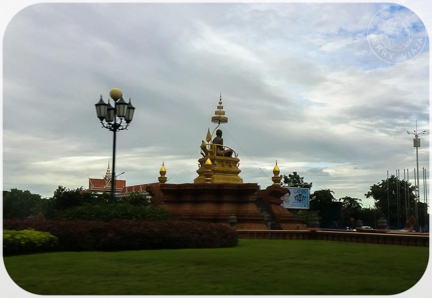 Monumento en Phnom Penh, Camboya