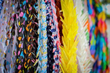 guia que ver en hiroshima Miles de origamis de grullas en Hiroshima, Japon