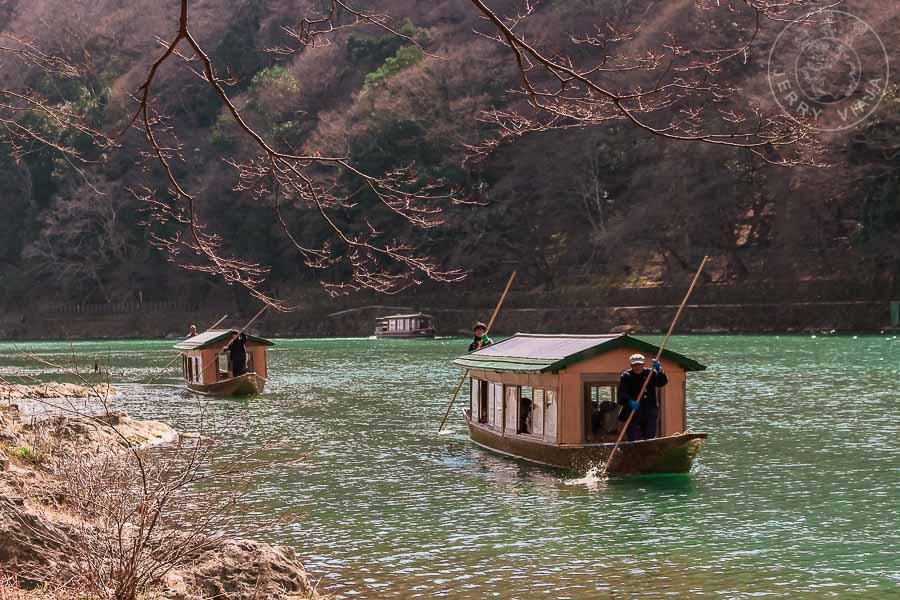 Río Katsura en Arayishama, Kioto, Japón