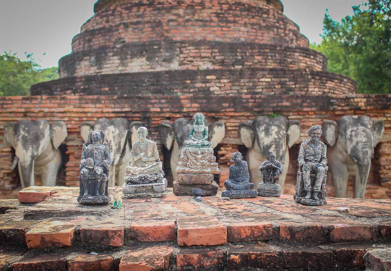 Guia que ver en Sukhothai. Wat Sorasak, Sukhothai, Tailandia